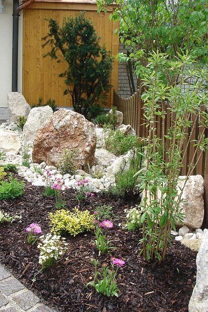 garten blog hanglage garten anlegen wiese naturgarten bett im baum garten in nanopics. Black Bedroom Furniture Sets. Home Design Ideas